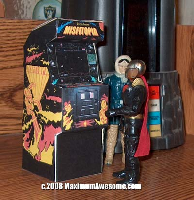 destro and han solo at paper arcade machine video game